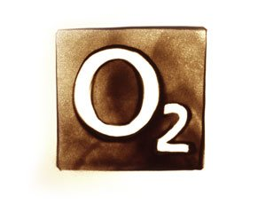 O2 Logo in Sand gemalt - Version 2