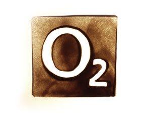 O2 Logo in Sand gemalt - Version 2