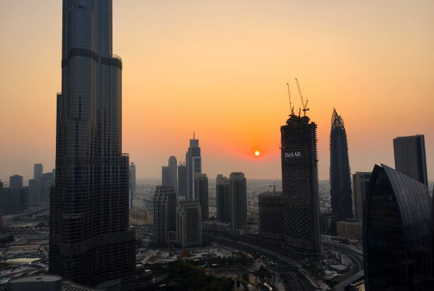 Skyline Dubais im Sonnenuntergang