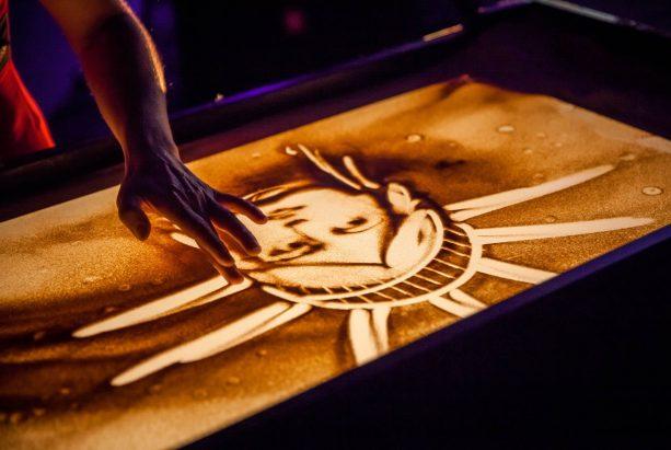 Freiheitsstatue in Sand gemalt