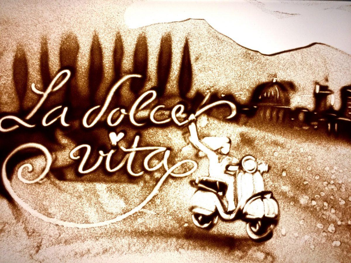 La dolce vita - Sandmalerei Frauke Menger