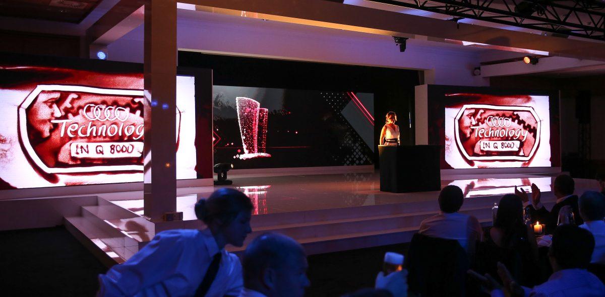 Audi Cup 1 - Sandmalerei Frauke Menger